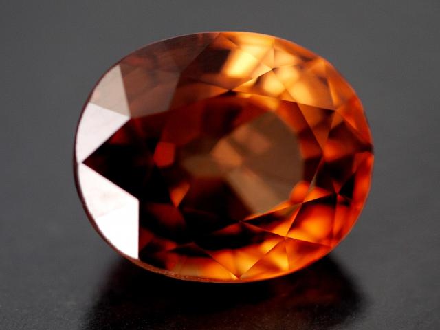 1月の誕生石ガーネットの意味・効果・宝石言葉