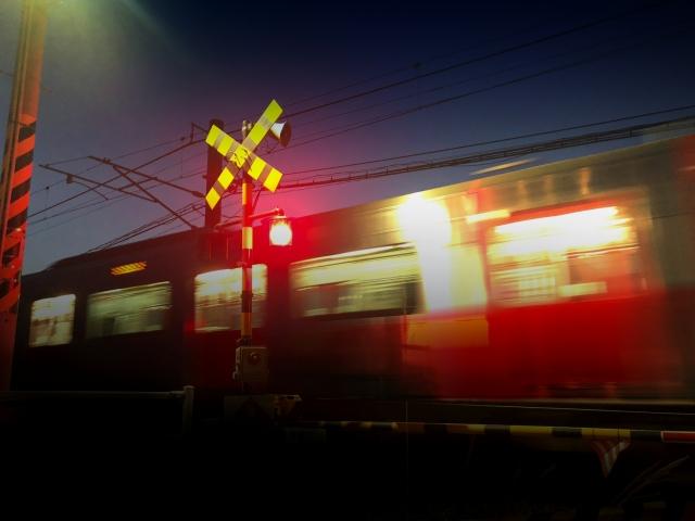 【夢占い】電車が出てくる夢 14パターンを夢診断